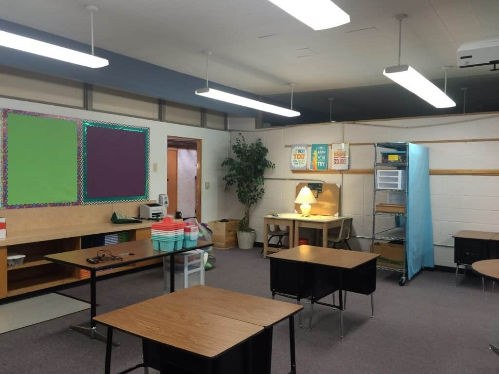 Classroom and workspace makeover. Wire rack and lamps. Rhoda Design Studio