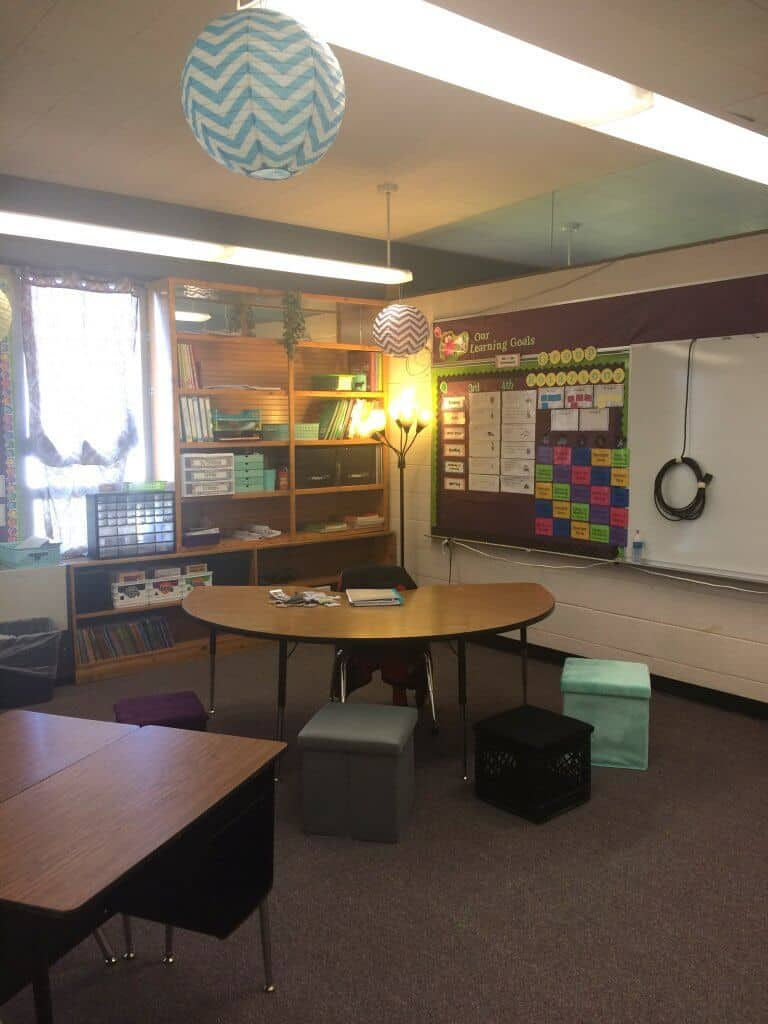 Classroom Makeover Reveal 2016-17 Rhoda Design Studio. Alternate seating, lighting, and Daily 5 reading/math. 3rd and 4th grade classroom.